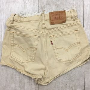 Vintage Levi Size 6 Regular Tan Tapered Leg Short